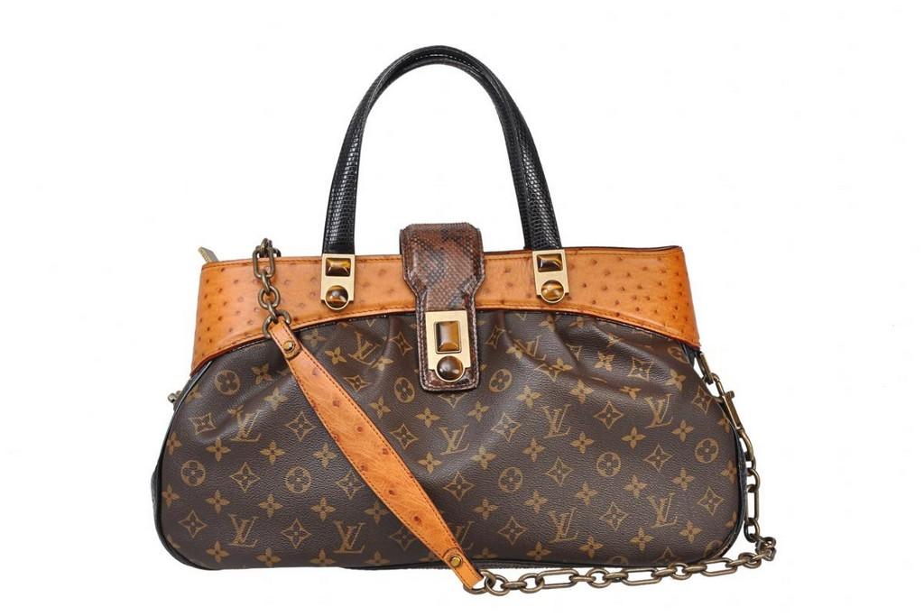 buy designer handbag navy blue designer handbag d&g bag prada handbag