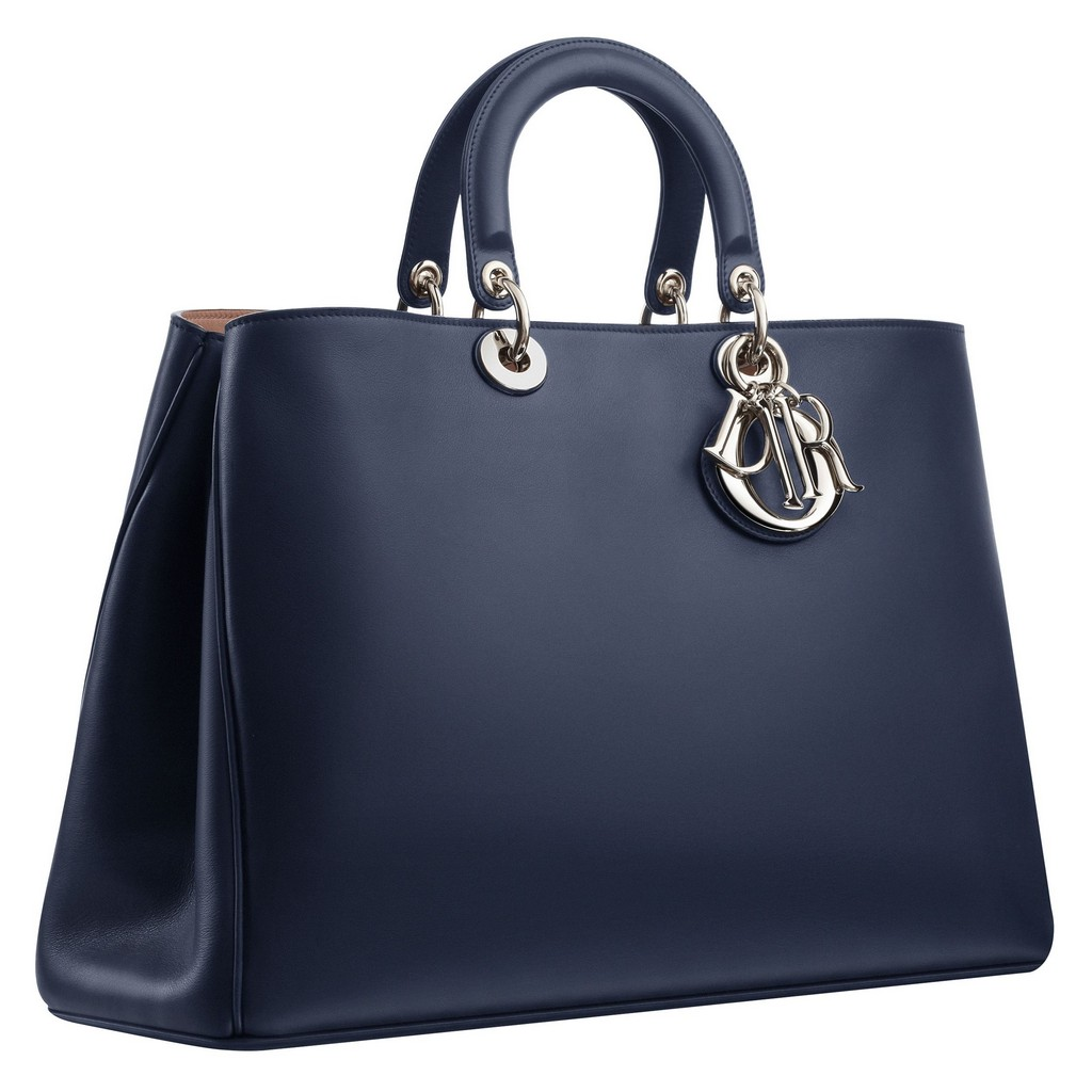 Free shipping on women's bags and purses at getson.ga Shop tote bags, shoulder, clutch, crossbody, leather handbags and more. Totally free shipping and returns.