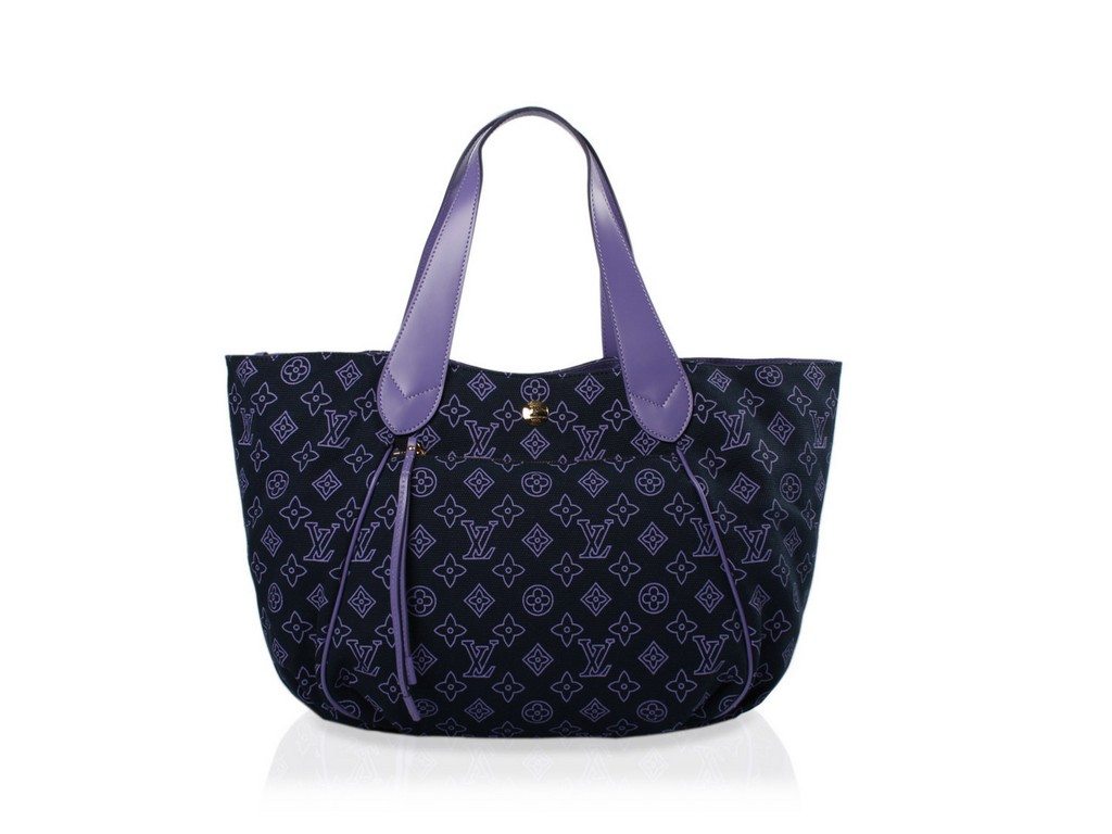 wholesale handbags dallas
